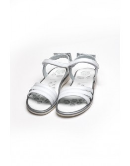 WHITE SANDALS WITH BOW CHICCO