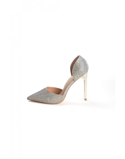 HIGH HEELS WITH GLITTER